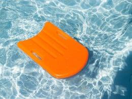 best-swimming-kickboards