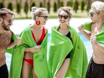 best-towels-for-swimmers