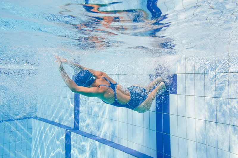 flip turn swimming