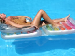best-pool-loungers