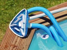 best-above-ground-pool-vacuum