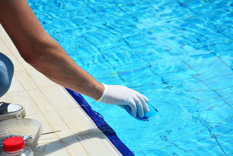 balancing your pool chemicals